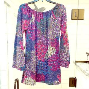 Win win Bell Sleeve Tunic